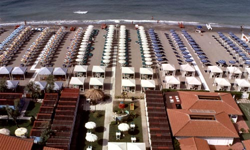 Bagno Haiti, spiaggia convenzionata con Hotel Hermitage a Marina di ...